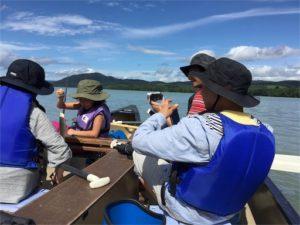 屈斜路湖で、カナディアンカヌー、ツインカヌー乗りました。