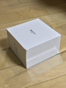 Apple Watchの箱からフィルムを剥がしました。
