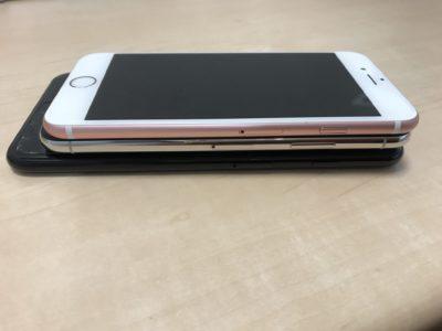 iPhone3モデルを重ねた写真
